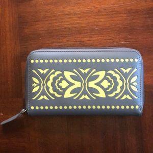 Vera Bradley razor cut wallet. Gray and lime green